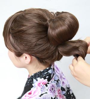 毛たぼ(盛リ髪用)のつけ方4